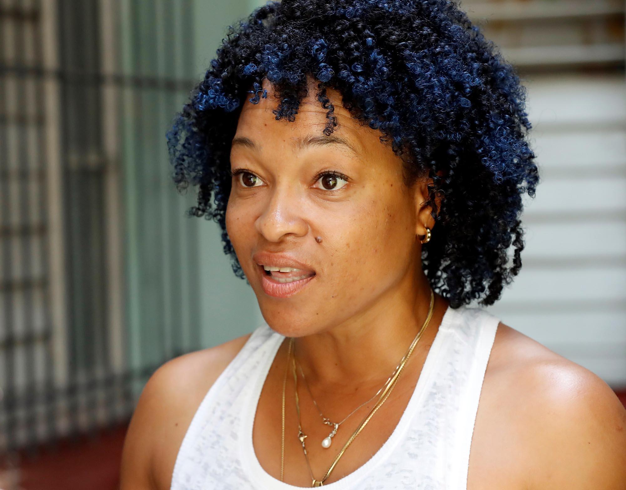"""Erlys Pennycook, emprendedora y creadora de línea de productos para el cabello """"Que Negra"""". Foto: Ernesto Mastrascusa / EFE."""