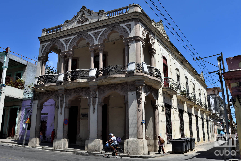 Casa Crusellas (1908). Foto: Otmaro Rodríguez.