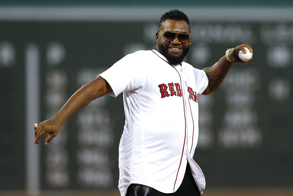 David Ortiz lanza la primera bola en el Yankees vs. Red Sox