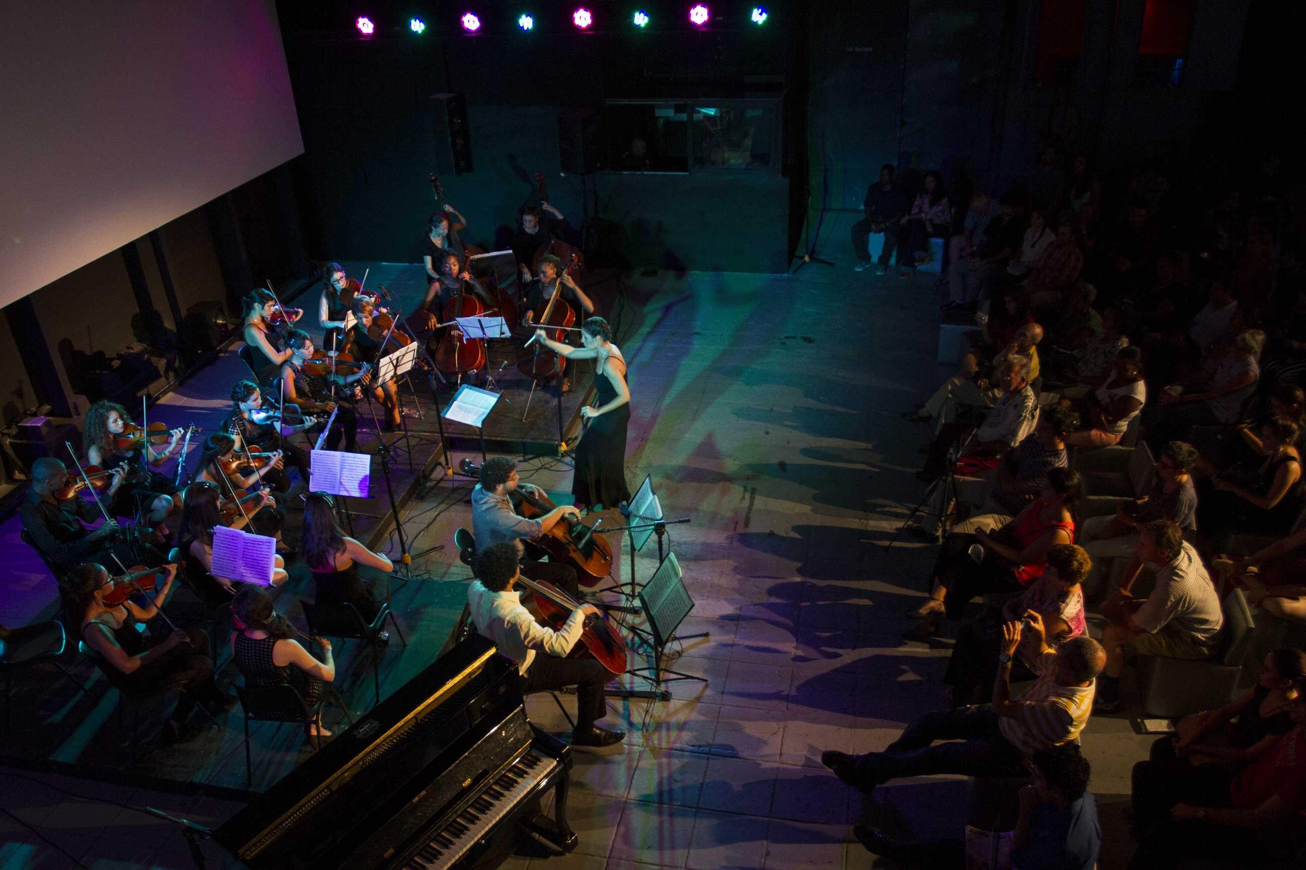 Concierto de música de cámara a cargo de la Orquesta de Cámara de La Habana, dirigida por Daiana García. Foto: Danay Nápoles.