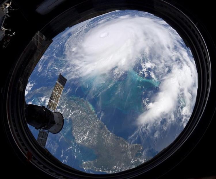 Fotografía cedida por la NASA y tomada por el astronauta Christian Koch que muestra el huracán Dorian desde la Estación Espacial Internacional. Foto: Christian Koch/NASA/EFE.