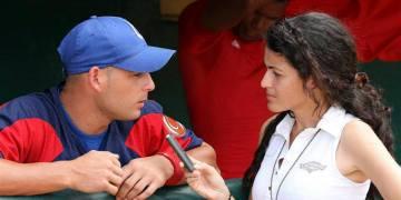 Durante los últimos diez años, Darilys Reyes realizó una de los más serios y profundos trabajos en la cobertura del béisbol cubano y del deporte cienfueguero. Foto: Tomada de su perfil de Facebook.