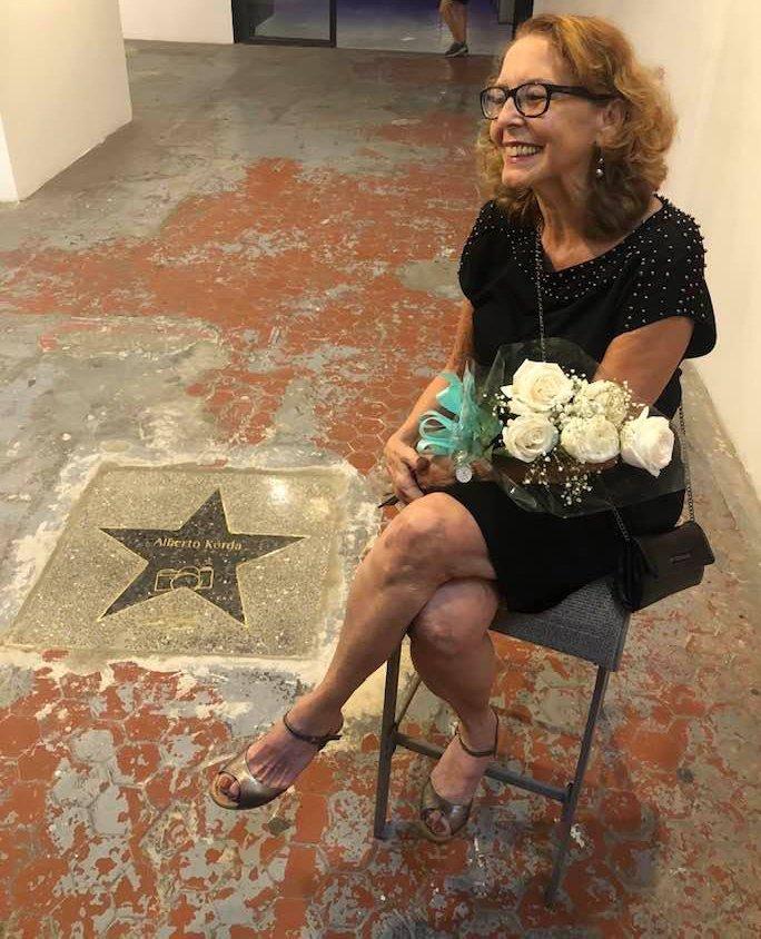 Diana Díaz (hija de Alberto Korda) Inauguración de Constelación FAC