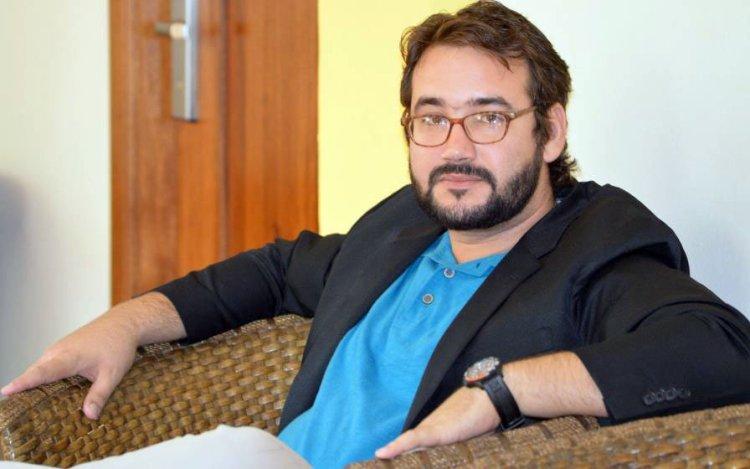 Poeta cubano Sergio García, ganador del III Premio Internacional de Poesía Jorge Manrique. Foto: https://www.elnortedecastilla.es/
