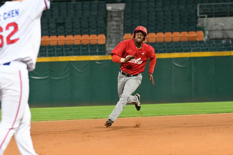 El béisbol cubano está necesitado de soluciones que le devuelvan el oxígeno y le cambien la cara. Foto: Jit / Facebook.