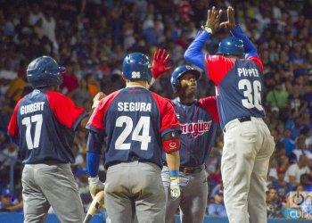 Los Toros dieron una gran demostración y son los primeros finalistas de la 59 Serie Nacional de Béisbol. Foto: Otmaro Rodríguez.