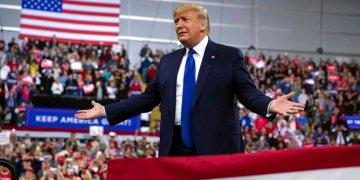 Donald Trump durante un acto de su campaña reelectoral en Milwaukee en enero del 2020. Foto: Evan Vucci / AP.