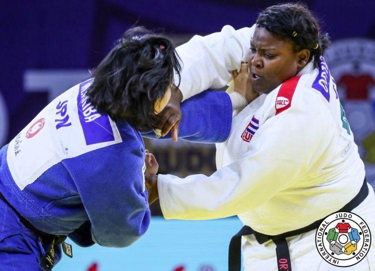 La número uno del ranking mundial, Idalys Ortiz (d), mantuvo su supremacía en la división de +78 kg, en el abierto de Herstal, Bélgica. Foto: Gabriela Sabau / International Judo Federation.