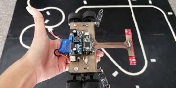 """""""Palmiche"""", robot desarrollado por estudiantes del Grupo de Robótica y Mecatrónica de la Universidad Tecnológica """"José Antonio Echeverría"""", de La Habana. Foto: Granma / Archivo."""