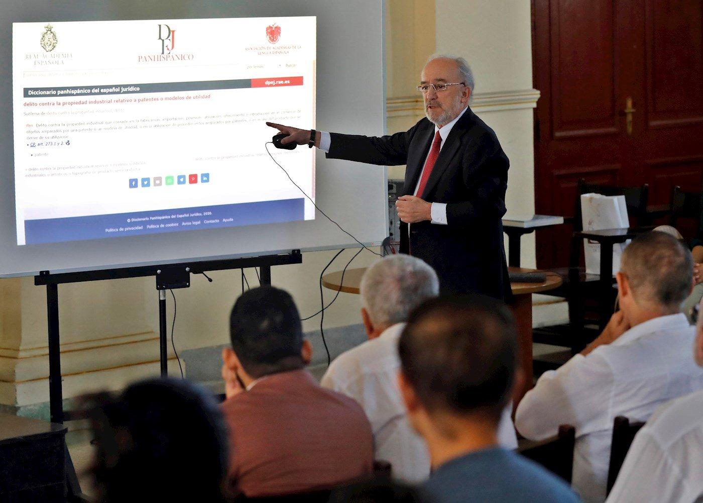 Director de la RAE visitará Nicaragua