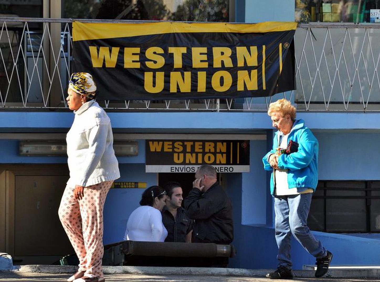 Suspende Western Union envío de remesas a Cuba, excepto desde EE.UU.