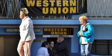 Oficina de Western Union en La Habana. Foto: EFE/Archivo