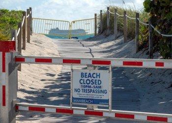 Las playas de Miami-Beach han sido cerradas por el coronavirus. | EFE/Cristobal Herrera.