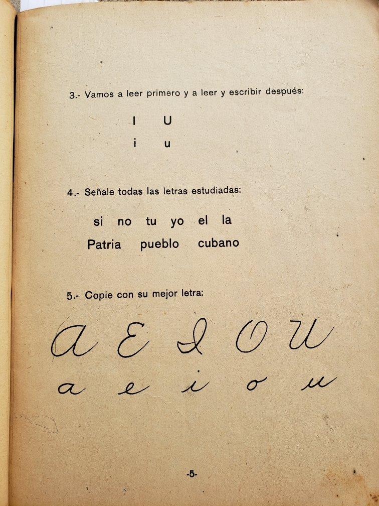 La cartilla de alfabetizar. Foto: Archivo personal de Catherine Murphy.
