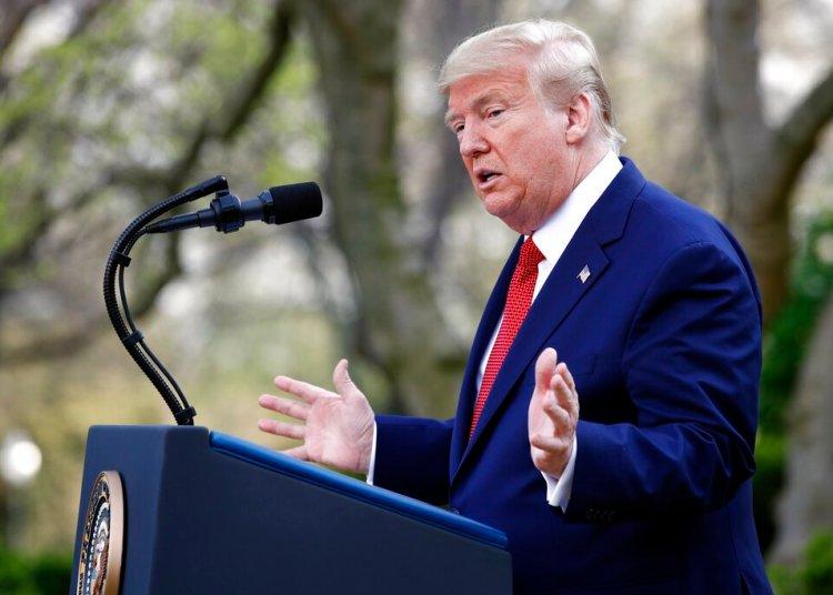 El presidente Donald Trump habla sobre el coronavirus en la Casa Blanca, el domingo 29 de marzo de 2020. Foto: Patrick Semansky/AP.