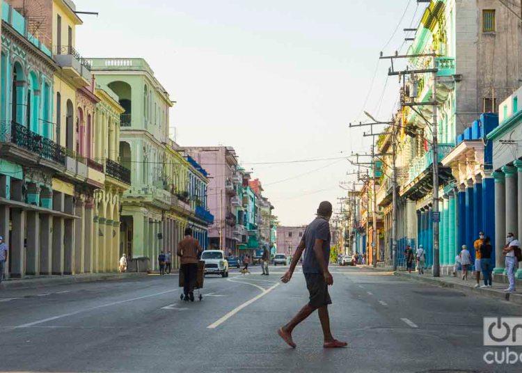 """""""Quédate en Casa"""", en consejo ante el avance de la pandemia. Fotos: Otmaro Rodríguez."""