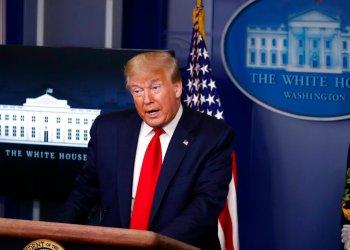El presidente Trump habla sobre el coronavirus en la sala de prensa de la Casa Blanca el viernes 22 de mayo de 2020. Foto; Alex Brandon/AP.