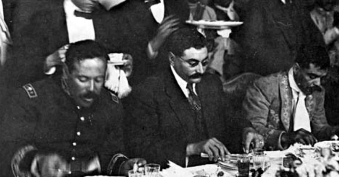 Pancho Villa, Eulalio Gutiérrez y Emiliano Zapata, comiendo en la Ciudad de México