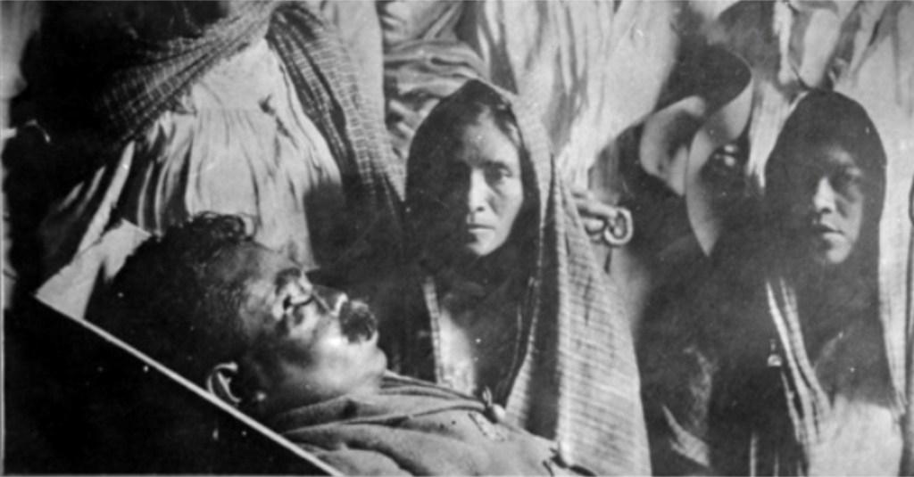 Velando en cadáver de Emiliano Zapata