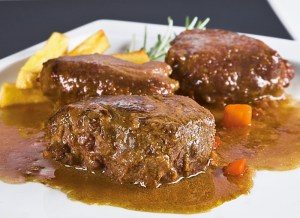 Carrilladas de cerdo con verduras: Receta de la semana