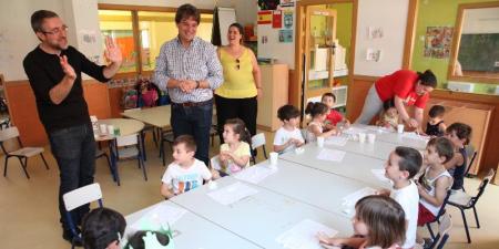 Las Fuenlicolonias y campamentos de verano acogen a 2.500 niños y niñas