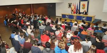 Concurso escolar para conmemorar el Día de los Derechos Humanos