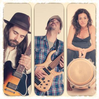 Chicharras Band dan a conocer su álbum autoeditado 'Por Fin'