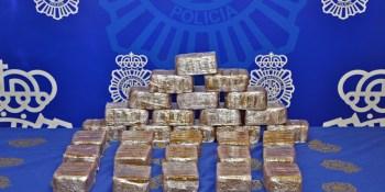 Detenido en Fuenlabrada con más de 15 kilos de hachís en su coche