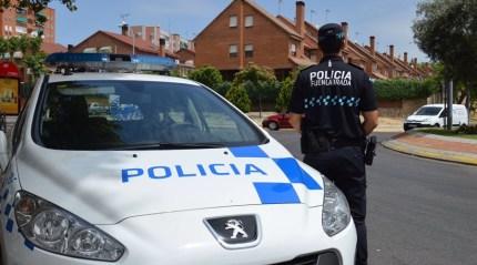 Dos miembros de la Policía Local han sido galardonados en los Premios Nacionales de Seguridad Vial