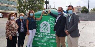 Los kilos de vidrio para reciclar se convertirán en euros para la lucha contra el Alzheimer