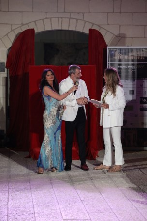 Premiazione Elisabetta Falciola.