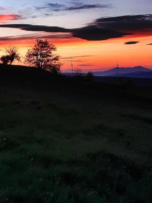 Monte Serra San Bernardo con vista Monte Vulture