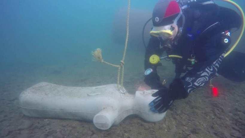 sauvetage sous-marin mannequin