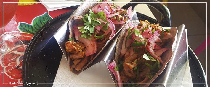 paco bigotes tacos