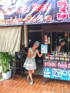 Maysa helping out at her friends' coffee stand also in the Nimmanhamin area of Chiang Mai.