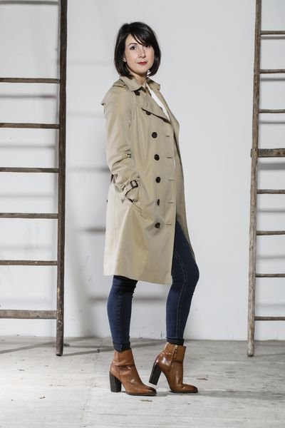 jean brut + trench Burberry