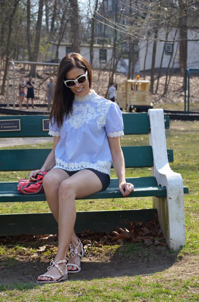 lace–shirt–look