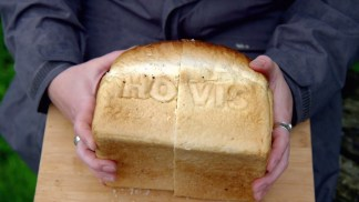 victorian.bakers.s01e03.720p.hdtv.x264-c4tv.mkv_snapshot_38.59_[2016.01.21_17.25.12]