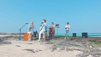 제주삼다수 - 밴드고맙삼다x삼다도소식 MV (규현 Full ver.).mp4_snapshot_01.07_[2016.04.12_22.23.19]