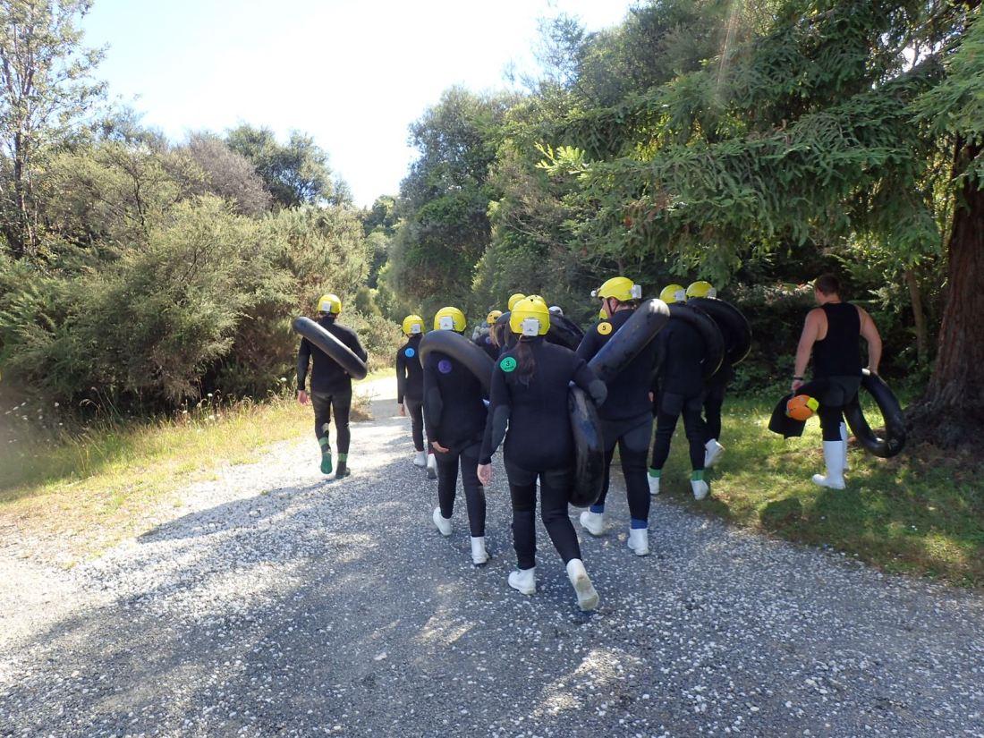 Walking to Waitomo Glowworm Caves