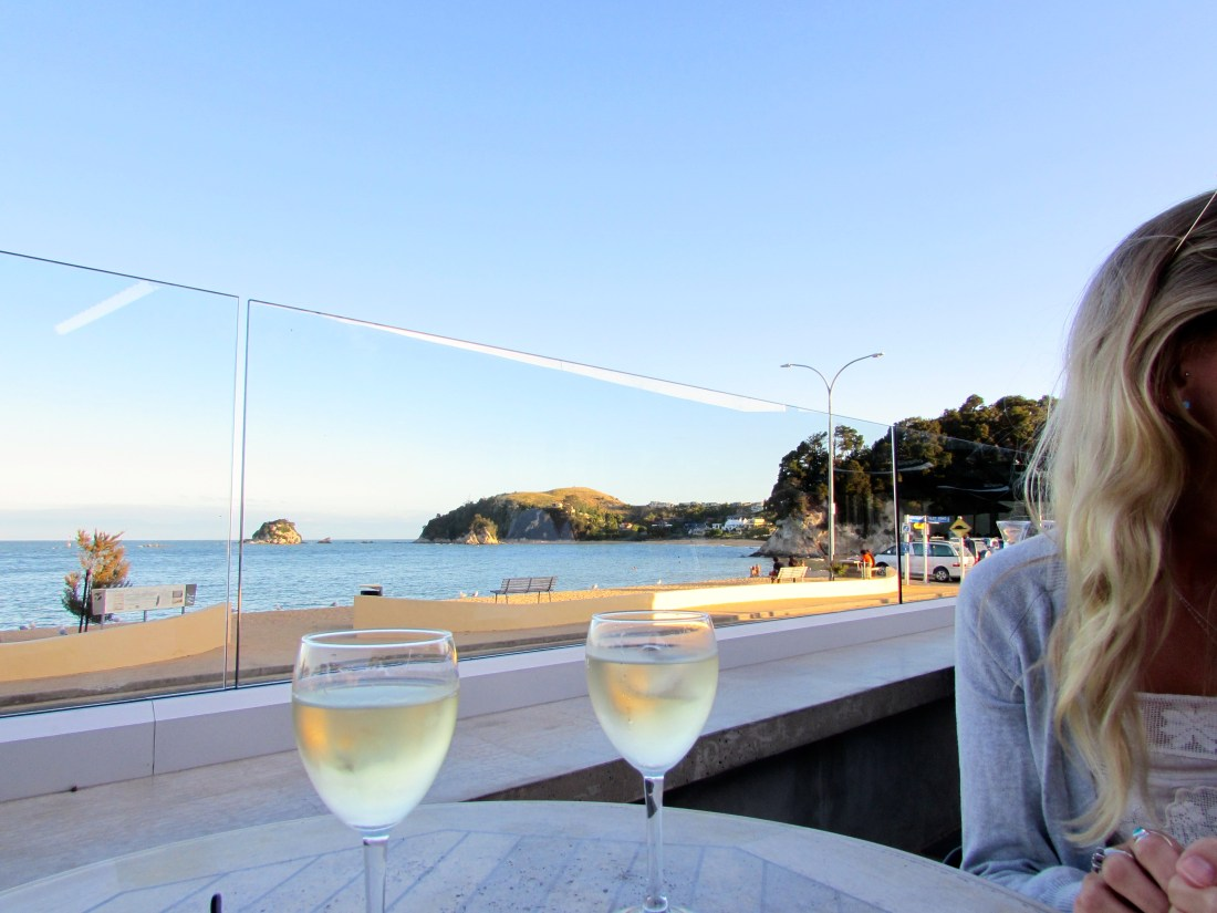 Drinks in Kaiteriteri, New Zealand