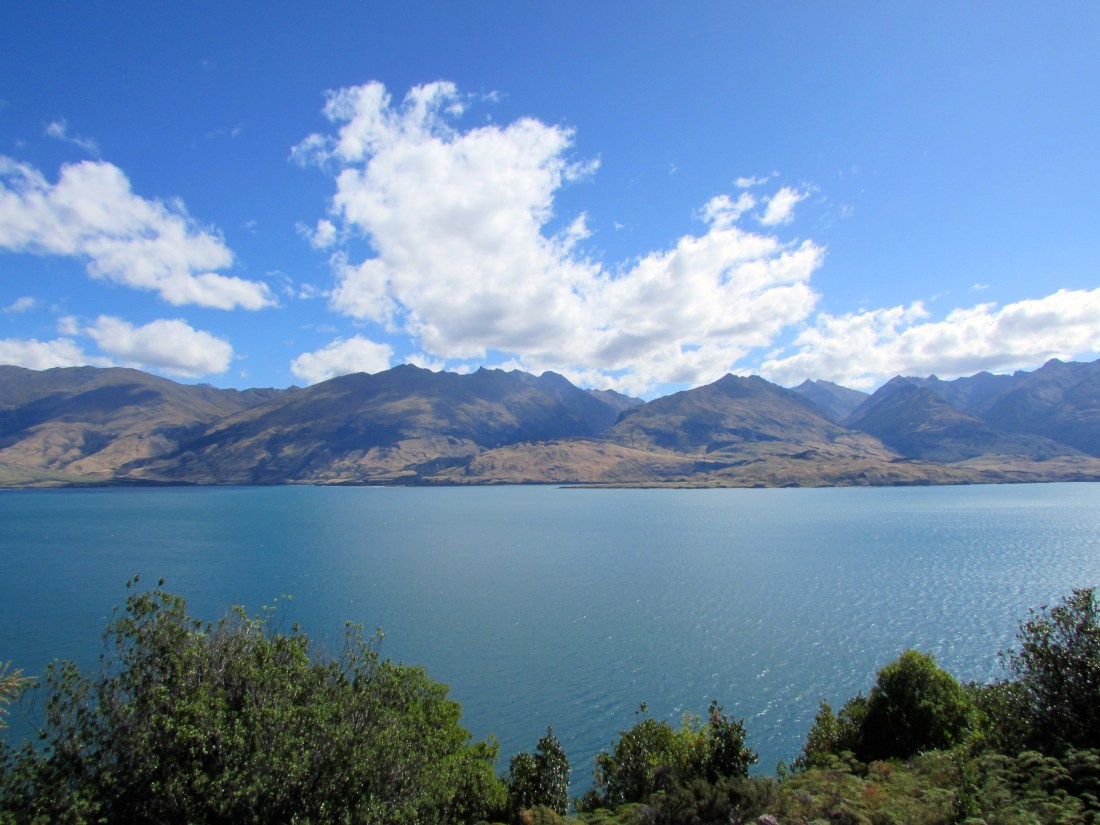 View leading to Lake Wanaka, New Zealand