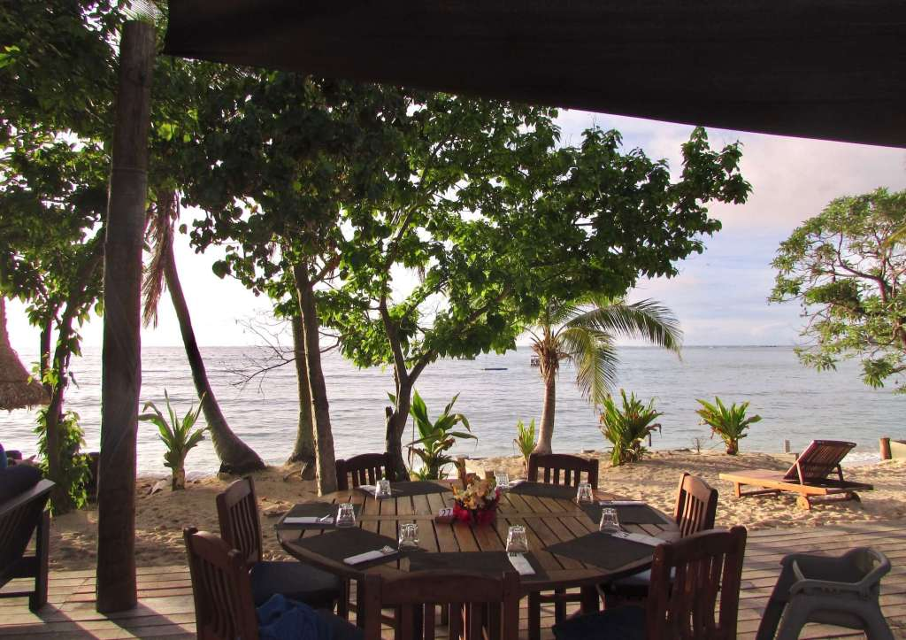 Blue Lagoon Beach Resort Fiji Dining