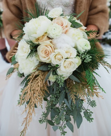 gold tan and green wedding bouquet