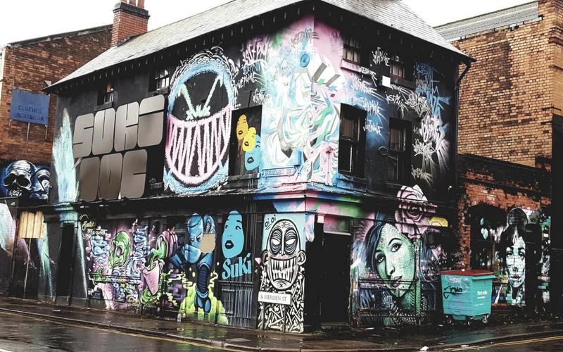 Suki 10C Graffiti