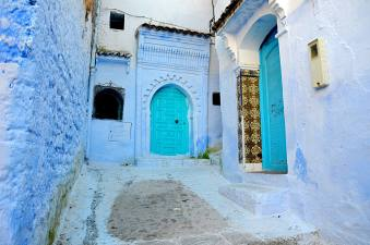 chefchaouen_blue_doors_mini