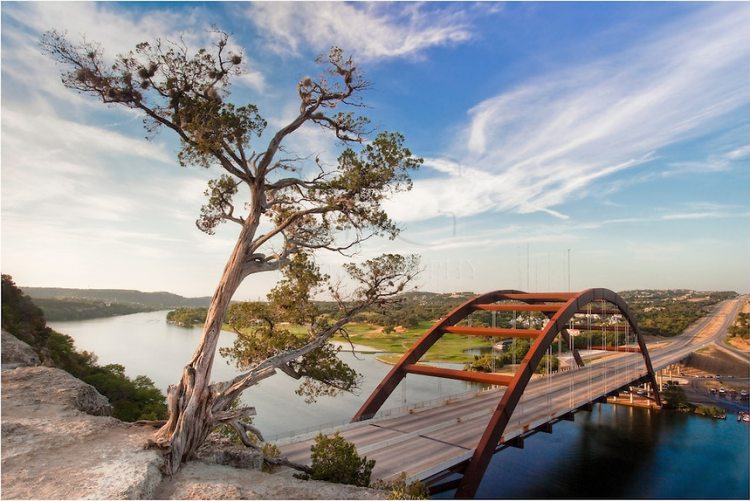 pennybacker-bridge-on-a-summer-morning