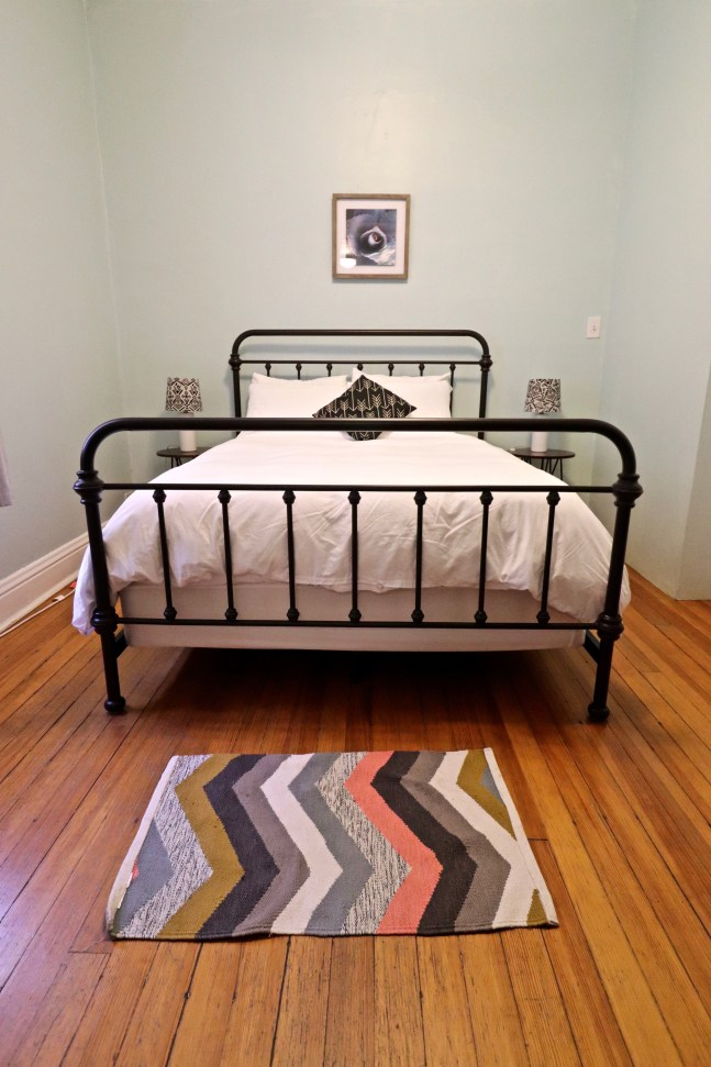 Where to stay in Albuquerque - Casitas Airbnb bedroom