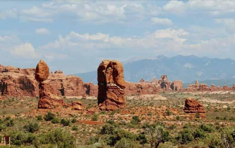 arches national park scenic drive tour