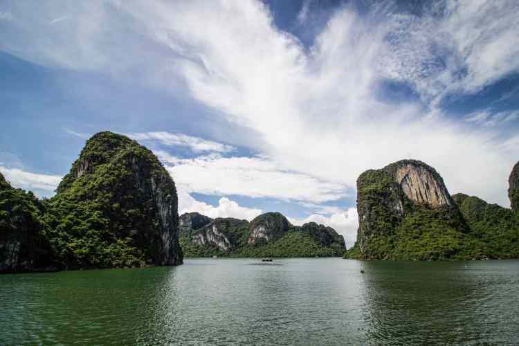 Amazing Photos From Ha Long Bay That Will Make You Want To Visit ASAP-6